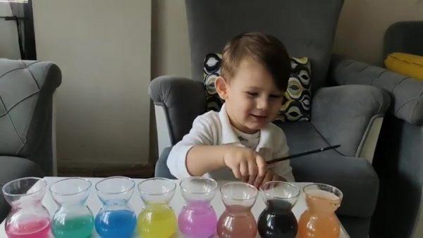 Montessori Etkinlikleri Renkli Bardaklar Ile Kalın Ve İnce Sesleri Kavrıyoruz