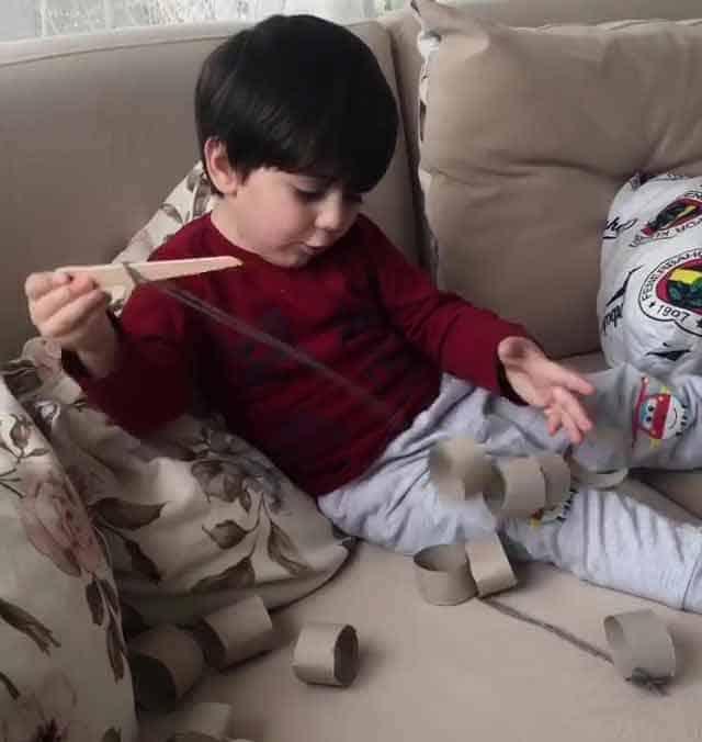 Montessori Etkinlikleri Tırtılımı Yapıyorum