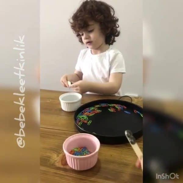 Montessori Etkinlikleri Manyetik Maddeleri Fark Ediyorum