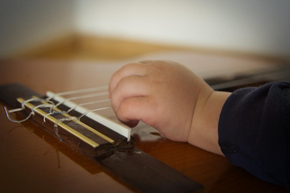 Guitar 6564282 960 720